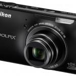 Nikon oficiálně představil androidí fotoaparát Coolpix S800c