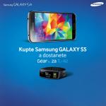Samsung nabízí k Galaxy S5 náramek Gear Fit za 1Kč