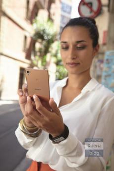 Sonys-copper-gold-Xperia-Z3-3