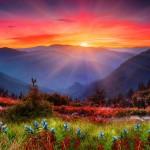Pozadí na plochu: Impozantní hory