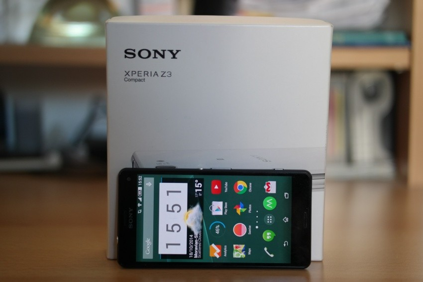 Sony Xperia Z3 Compact-2