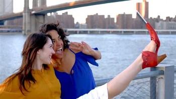 bláznivý selfie držák na botě