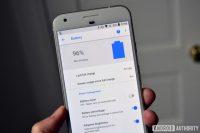 Aplikace od Googlu s přehledem baterie je dostupná na Google Play